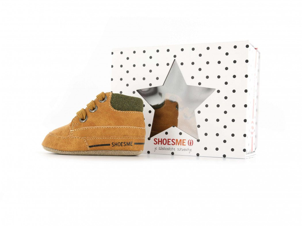 Shoesme cognac babyslofjes met vetersluiting